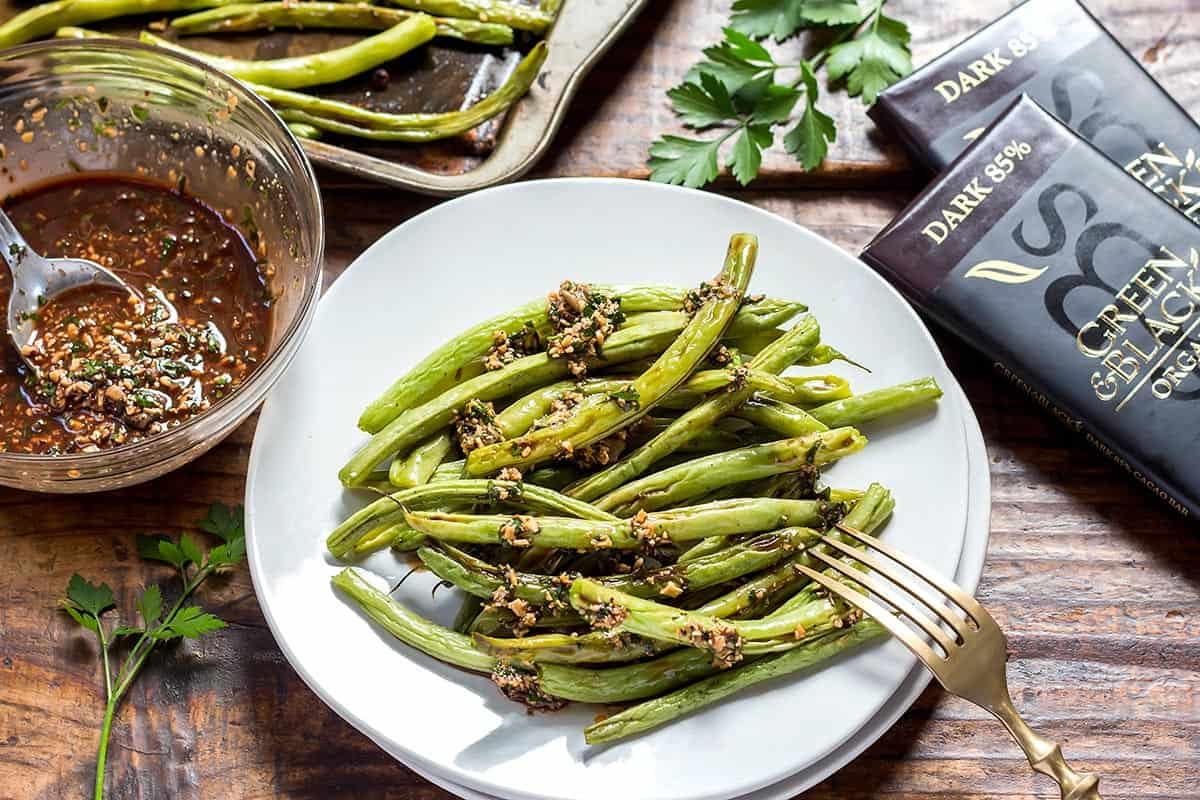 Baked Green Beans with Picada Sauce